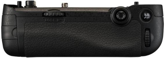 Батарейный блок Nikon MB-D16
